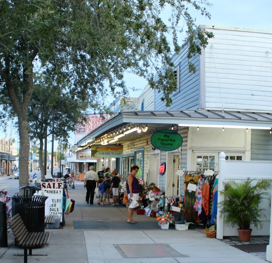 Shopping at Tarpon Springs Florida