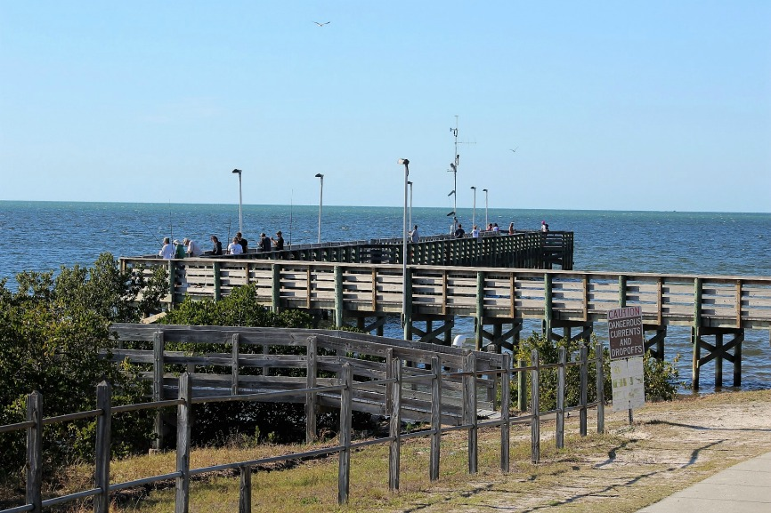 Florida Fishing near Hickory Point RV Park - Anclote Pier and Fishermen